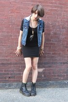 blue denim Forever 21 vest - black leather doc martens boots