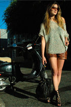 silver knit tee vince sweater - black sandals Jeffrey Campbell shoes