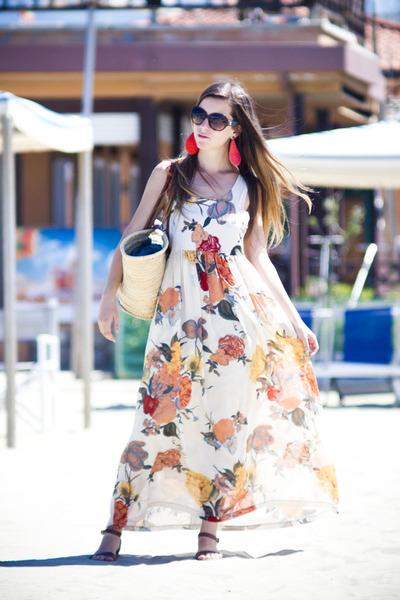 eggshell local market dress - dark brown Chanel sunglasses