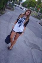 navy ovs scarf - white Zara t-shirt