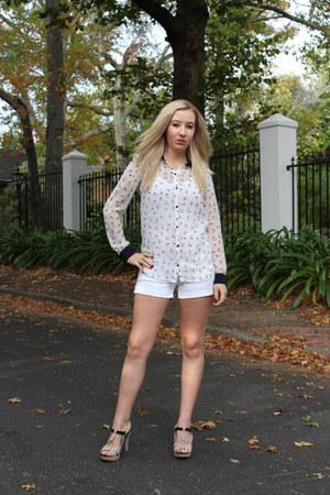 Zara shirt - hollister shorts