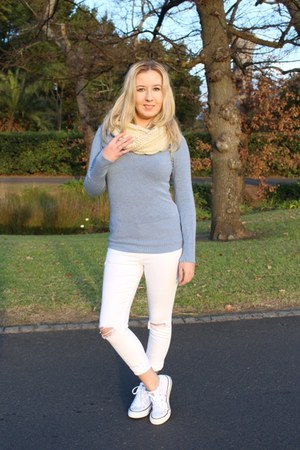 Converse sneakers - Topshop jeans - Woolworths sweater