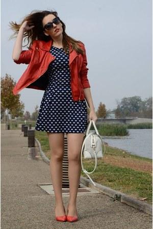 navy Mayday dress - ruby red Stradivarius jacket