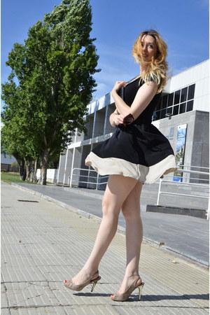 black compañiafantástica skirt - black BLANCO shirt - beige Primark bag