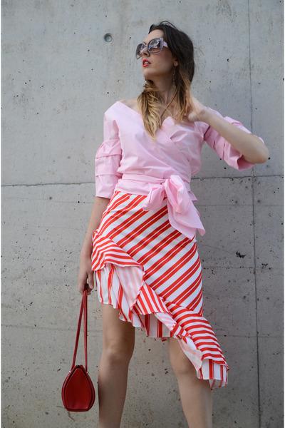 light pink sammydress shirt - red zaful skirt