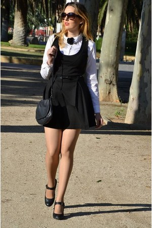 black Bershka dress