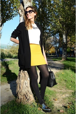 white Zara t-shirt - black Mango blazer - mustard Stradivarius skirt