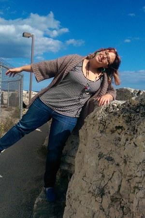 tan Michael Kors cardigan - blue rock and republic jeans