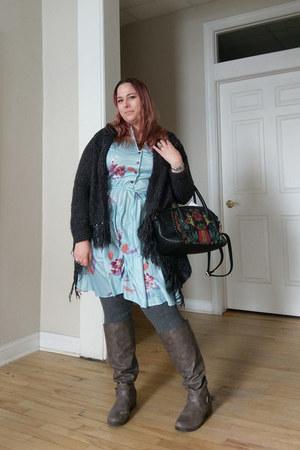 light blue vintage dress - black kensie bag