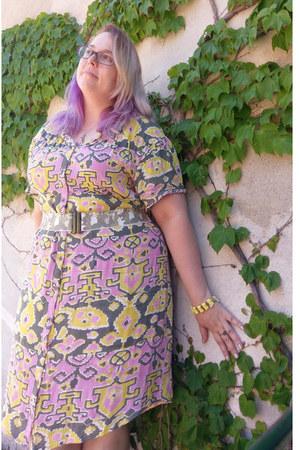 bubble gum Anthropologie dress - light yellow vintage bracelet