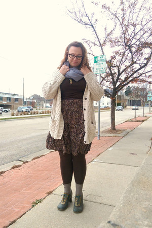 cream Urban Outfitters cardigan - olive green Fluevog shoes