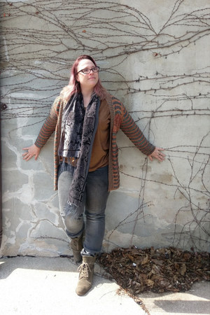 gray Nine West boots - gray velvet burnout Amazon scarf
