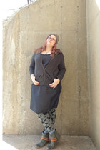 gray Roxy boots - gray Star Wars sweatshirt
