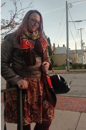 bronze kensie jacket - carrot orange Sheinside scarf - dark green Sourpuss purse