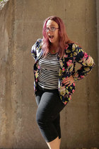 navy liz claiborne jacket - white CollectifBright and Beautiful t-shirt