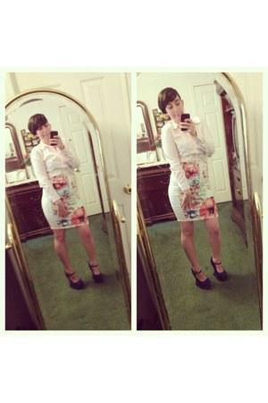 light pink Forever21 skirt