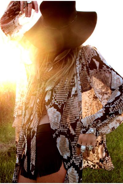 black whipstitch Topshop hat - leather fringe away shorts - snake print Topshop