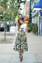 yellow vintage skirt - black Forever 21 heels - white brandy melville top