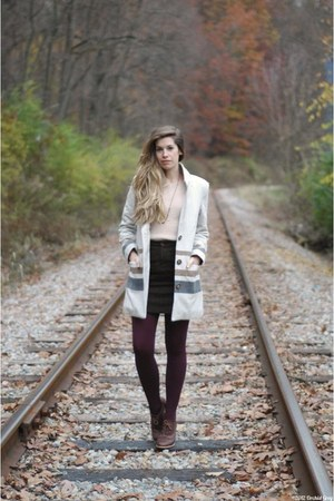 neutral Gentle Fawn coat - deep purple TJ Maxx tights - light pink vintage top