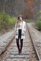 neutral Gentle Fawn coat - deep purple TJ Maxx tights - light pink vintage top