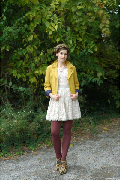 gold modcloth jacket - ivory Darling dress - maroon American Apparel tights