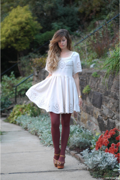 cream Urban Outfitters dress - brick red American Apparel tights