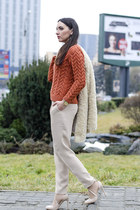 H&M sweater - Zara coat - Massimo Dutti pants - Zara heels - Michael Kors watch
