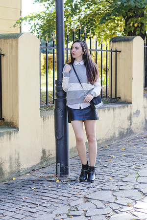 black H&M boots - white H&M shirt - black H&M bag - silver H&M sweatshirt