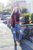 burnt orange H&M sweater - Front Row Shop jeans - Tally Weijl scarf
