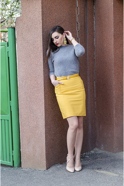 yellow PERSUNMALL earrings - heather gray Zara sweater - Zara heels