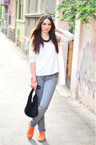 charcoal gray printed Mango jeans - white lace Pimkie top