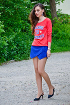 blue Zara shorts - fishbone sweatshirt