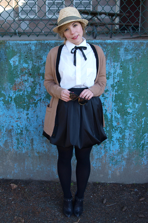 beige Djangos Closet H&M hat - black Deena&Ozzy boots