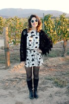 bw vintage necklace - equestrian boots - bw floral dress