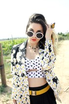 daisy blazer Moschino blazer - white sunglasses - corset pins and needles top