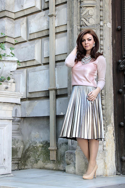 silver H&M skirt