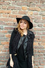 H-m-hat-motivi-jacket-motivi-bag-versace-vest