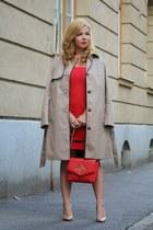 tan H&M coat