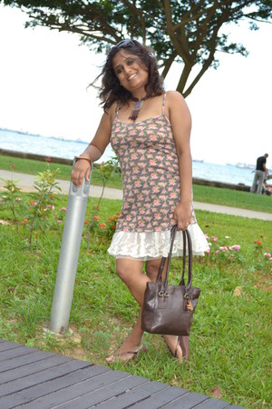 dark khaki singlet Zoop dress