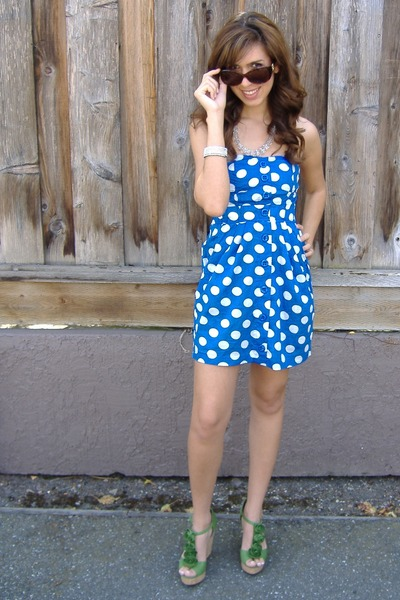 blue polka dots Forever 21 dress - green wedges Steve Madden shoes