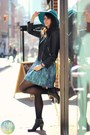 Black-shop-in-amsterdam-boots-turquoise-blue-zara-dress