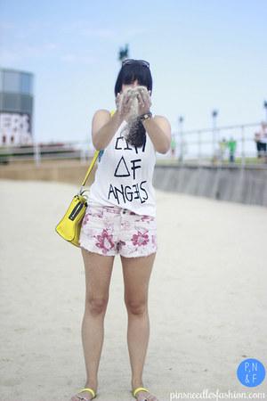 yellow kate spade bag - light pink free people shorts