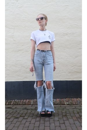 light blue UNIF jeans - black suede Shick wedges