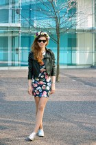 navy bodycon floral Forever 21 dress - black leather cropped random jacket