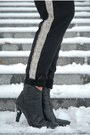 Black-tamaris-boots-black-cubus-sweater-white-ralph-lauren-shirt