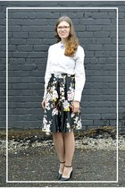 black floral style moi skirt - black faux leather New Yorker jacket