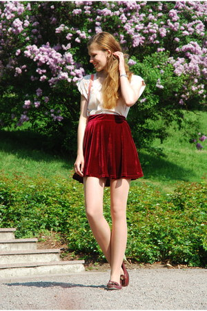 brick red suede Chicwish skirt - salmon Monki bag - peach H&M top