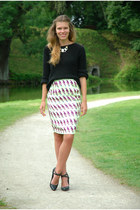 lime green parrot print H&M skirt - black SOliver sweater - black blink heels