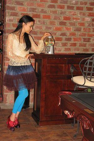 beige Joyce Lesile blouse - purple Joyce Lesile skirt - purple Steve Madden shoe