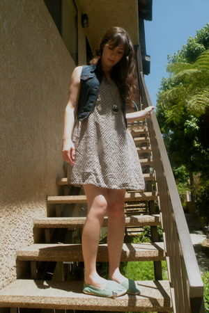blue dress - green Urban Outfitters shoes - blue Levis vest - silver Forever 21